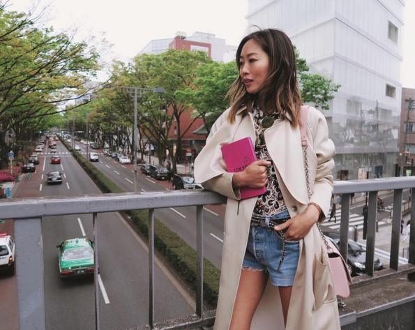 Aimee Song adds a much more personal touch than the other fashion Instagram accounts of this list.