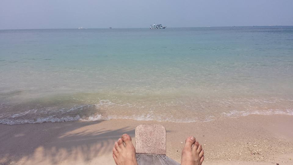 My Thailand travel blog will go more in depth on my adventures, while this beach chilling is just an overview.